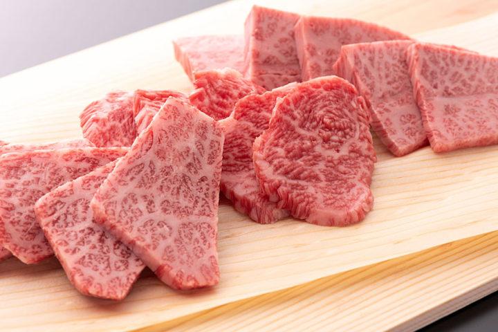 若狭牛 特上(特上カルビ/特上モモ)焼肉盛り合わせ 400g | 牛若丸精肉店