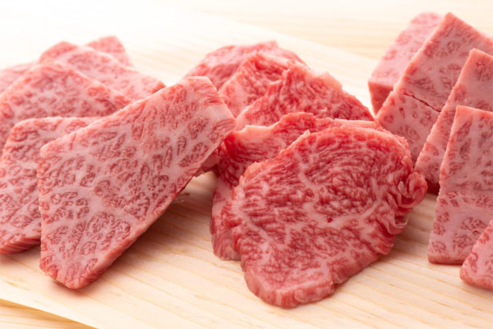 若狭牛専門牧場直営牛若丸精肉店の焼肉セット